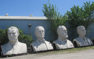Houston_Statues1